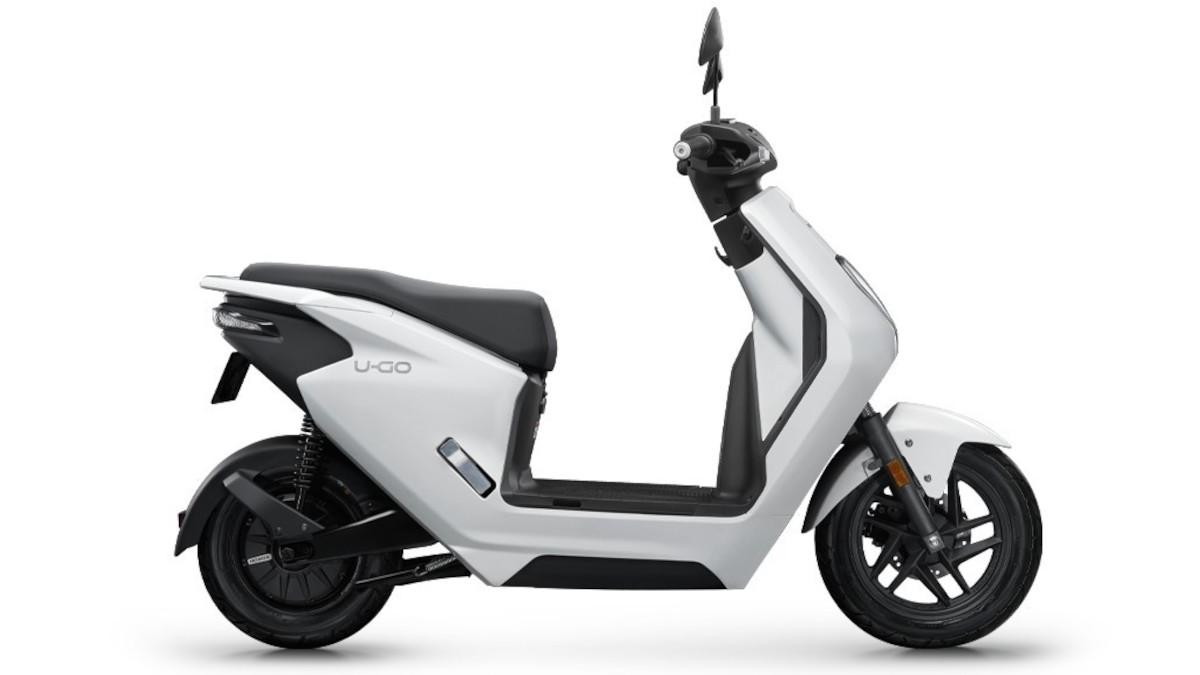 2022 White Honda U-GO