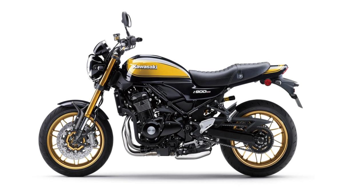 2022 Kawasaki Z900RS SE retro bike