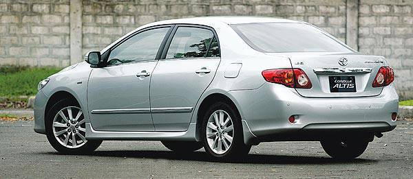 Top Gear Philippines Car Review - 2008 Toyota Corolla Altis 1.8V