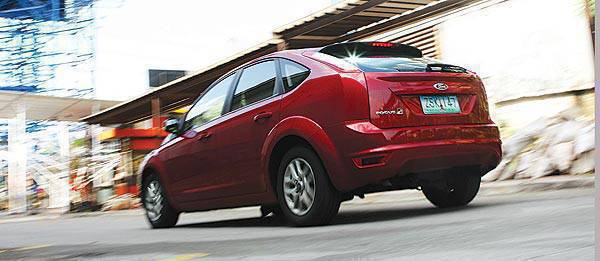Top Gear Philippines Car Review - 2009 Ford Focus 1.8 Trend
