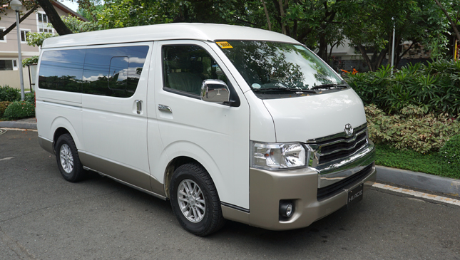 fc8aaf613c Here s why the Toyota Hiace Super Grandia is awesome