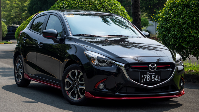 mazda 2 skyactiv midnight edition review specs price drives top gear philippines. Black Bedroom Furniture Sets. Home Design Ideas