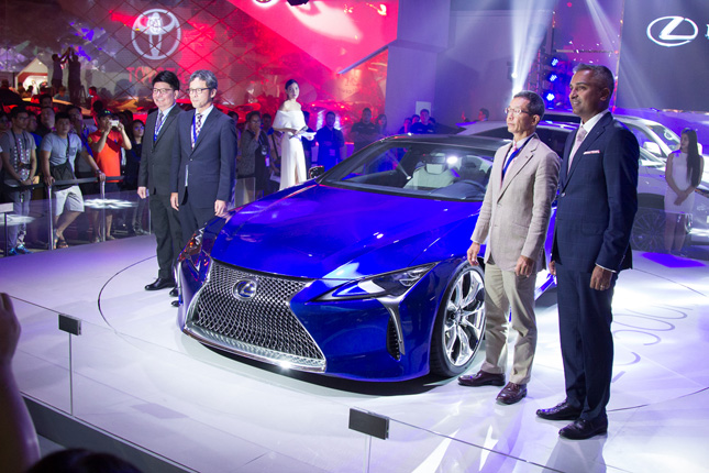 Lexus cars at PIMS 2016