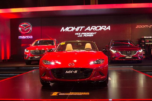 Mazda booth at PIMS 2016