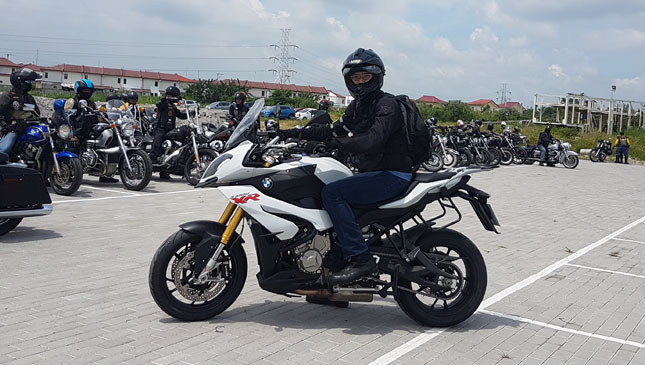 bmw s1000 xr motorcycle: review, specs, features and photos