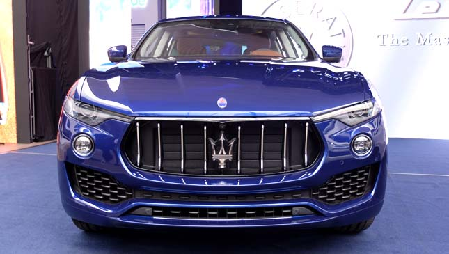 the maserati levante is the new suv status symbol. Black Bedroom Furniture Sets. Home Design Ideas