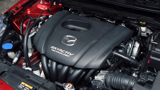 Review Mazda 2 Skyactiv R