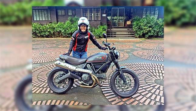 Lady Riders Receives A Ducati Scrambler As Christmas Gift