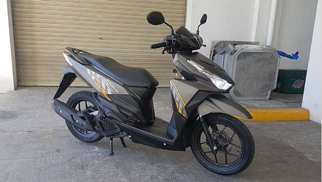 Honda ph launches new click 150i scooter the 2017 honda click 150i comes in three designs blue metallic matte black matte and brown matte and are priced at p89990 this new honda two wheeler is asfbconference2016 Choice Image