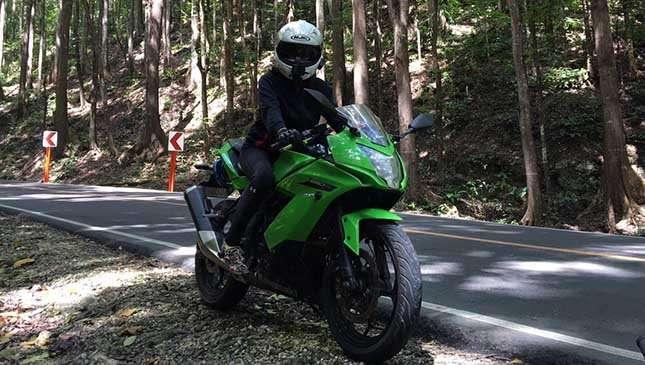 Gaki Moto Conquers Bohol On A Kawasaki Ninja 250sl