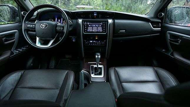 Toyota Fortuner 4x2 At Philippines Reviews Specs Amp Price