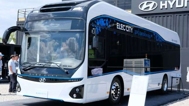Hyundai buses and trucks