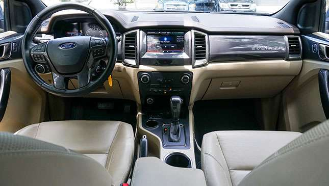 Review: Ford Everest Titanium 4x2 AT