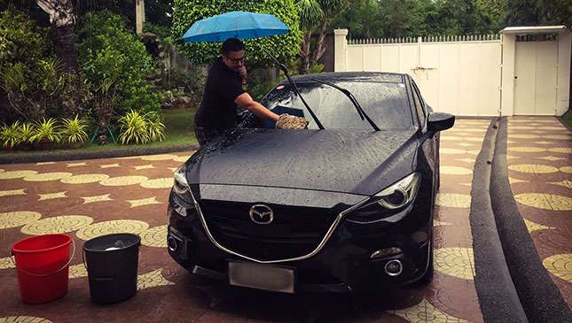 Wash your vehicle using ordinary rainwater