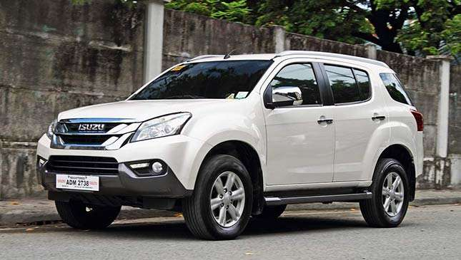 isuzu mu x 2017 philippines review specs price drives top gear philippines. Black Bedroom Furniture Sets. Home Design Ideas