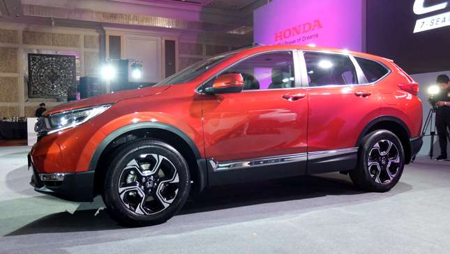 Here are the launch images of the all-new Honda CR-V compact SUV | Feature Articles | Top Gear ...