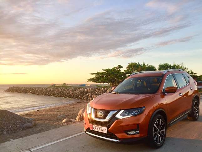 nissan x trail 4x4 review photos specs. Black Bedroom Furniture Sets. Home Design Ideas