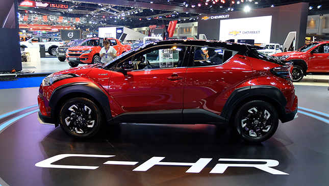 Toyota Chr Philippines >> The Toyota C Hr Looks Incredibly Badass In Trd Form