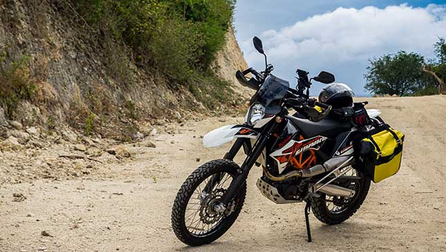 KTM 690 Enduro R 2018: Review, Specs, Price, and Features
