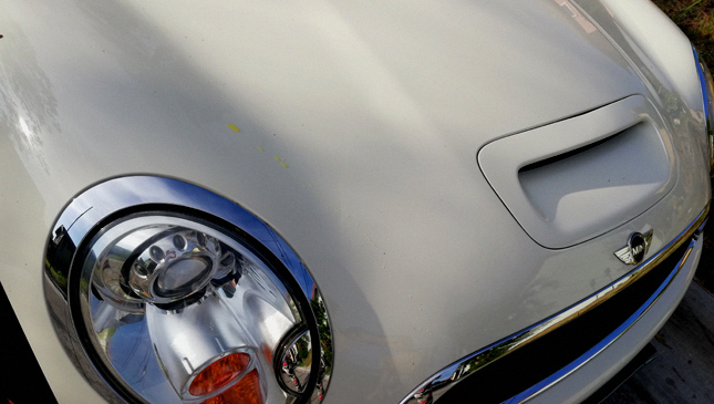 How to remove tree sap stains from your car's paint