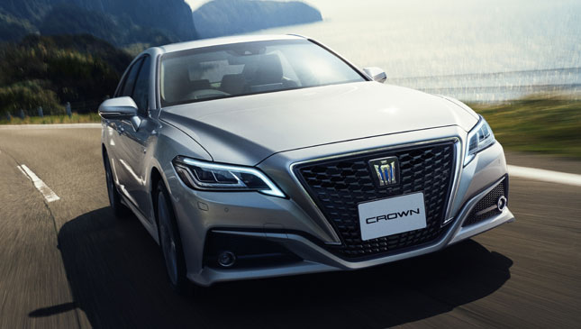The All New Toyota Crown Features Lots Of Connectivity Options