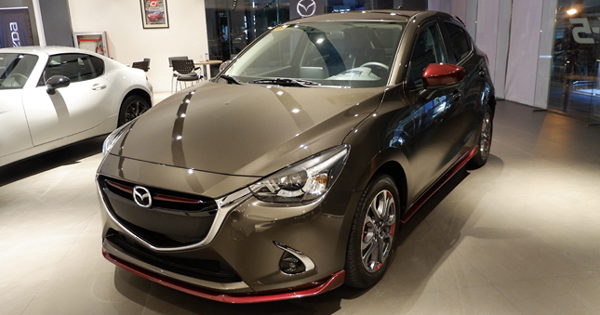 mazda 2 cx 9 2018 specs prices features. Black Bedroom Furniture Sets. Home Design Ideas