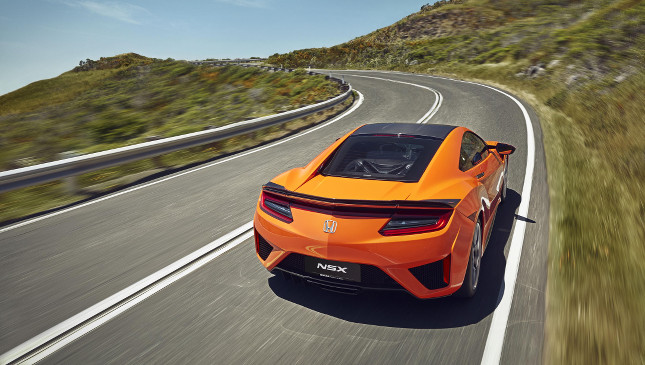 2019 Honda NSX debuts with orange paint job and chassis ...