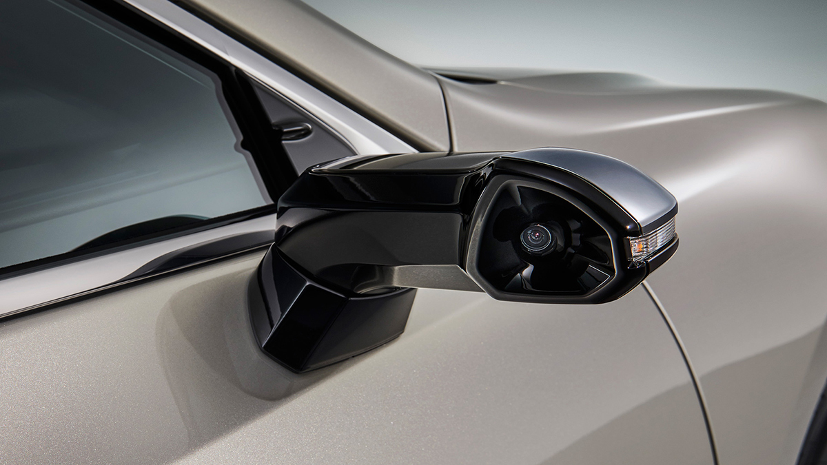 Lexus Starts Dropping Traditional Sideview Mirrors For Cameras