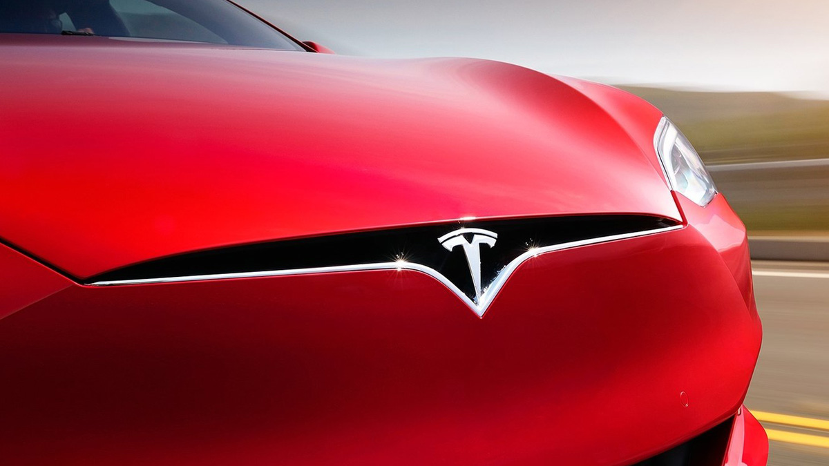 Tesla shares spike on SEC truce, strong Model 3 report