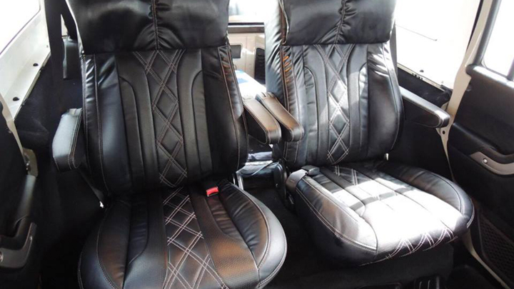 Atoy Customs Equips Jeep Wrangler With Captain S Chairs