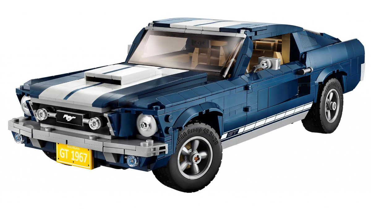 Its the ford mustangs turn to be immortalized in lego form