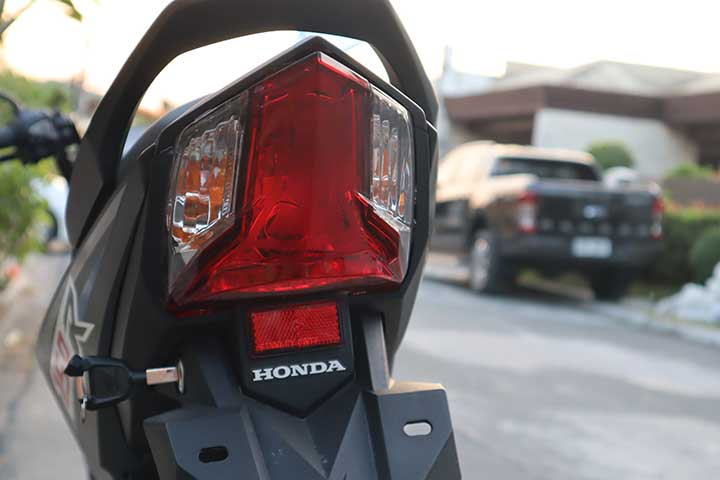 2018 Honda RS150R: Review, Price, Photos, Features, Specs, Category