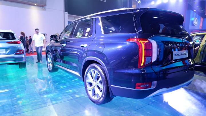 2019 Hyundai Palisade at MIAS: Price, Specs, Features