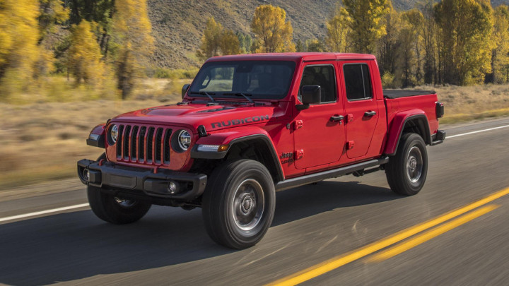 2019 Jeep Gladiator: Review, Price, Photos, Features, Specs