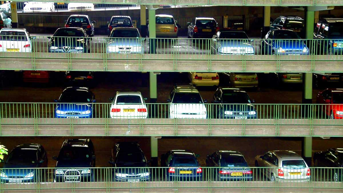 5 Simple but useful tips for parking your car