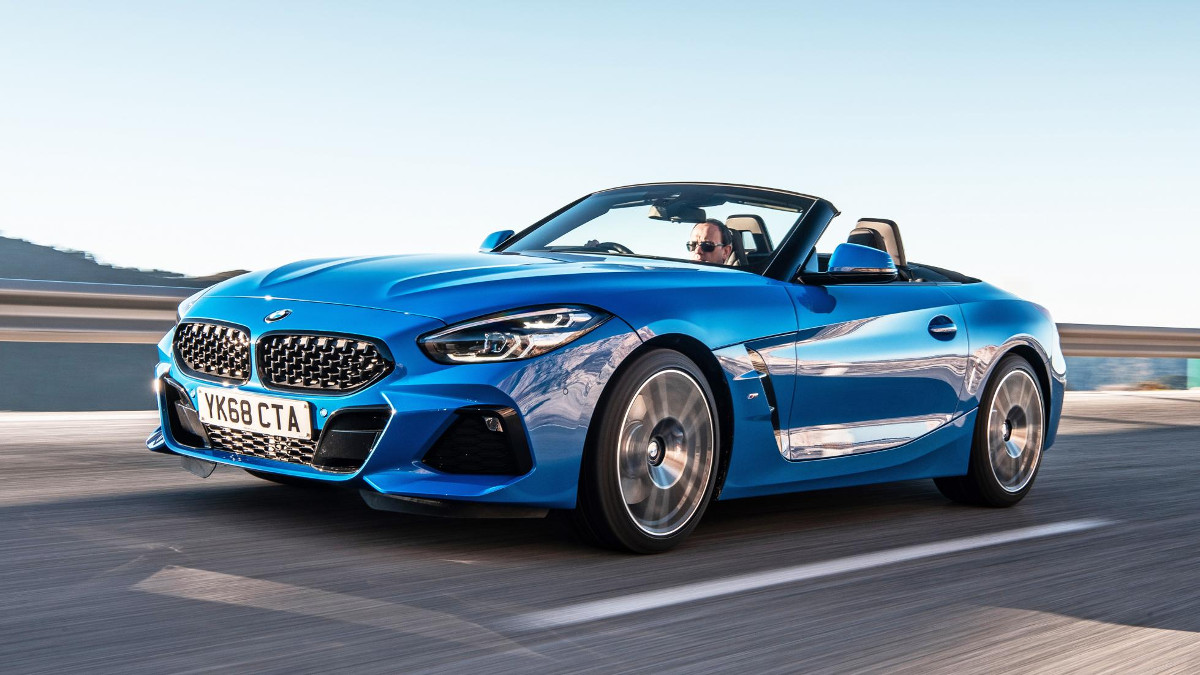 2019 BMW Z4 sDrive20i: Review, Price, Photos, Features, Specs