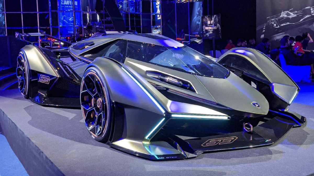 Lamborghini unveils Lambo V12 Vision Gran Turismo