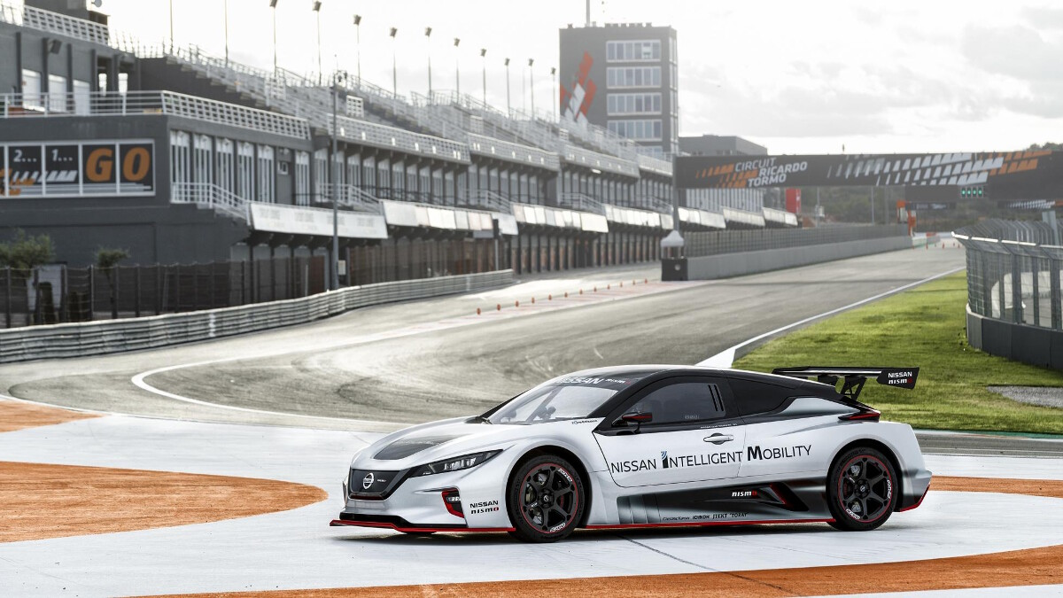 2020 nissan leaf nismo rc  specs  features  review