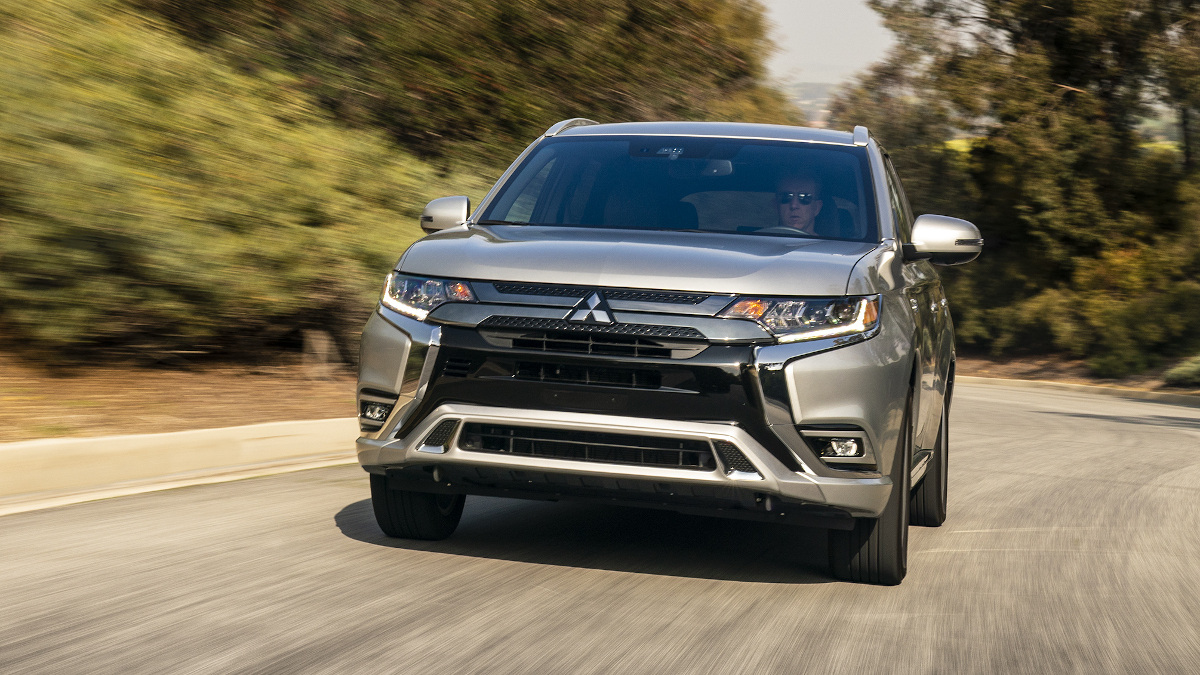 The Mitsubishi Outlander PHEV - On the Road