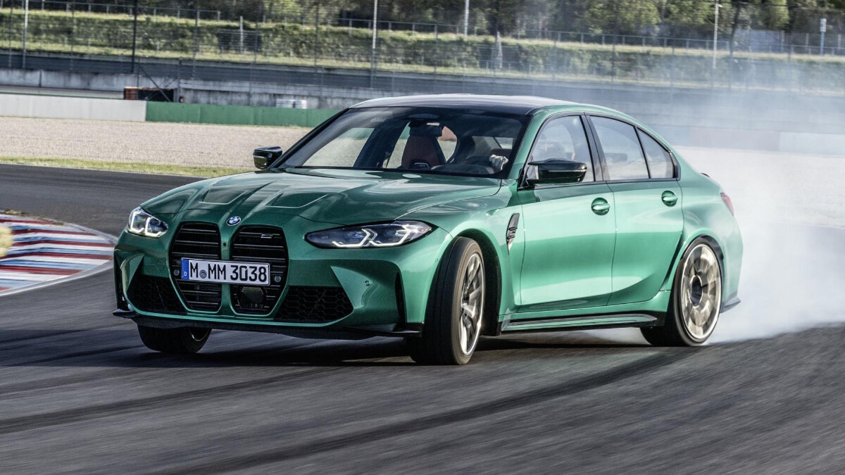 BMW M3, M4 on the track