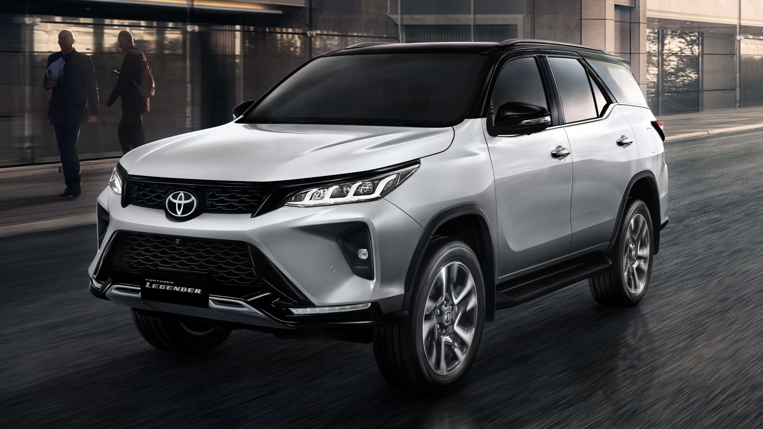 Car News 4: Toyota Fortuner prices, Isuzu D-Max 4 arrival