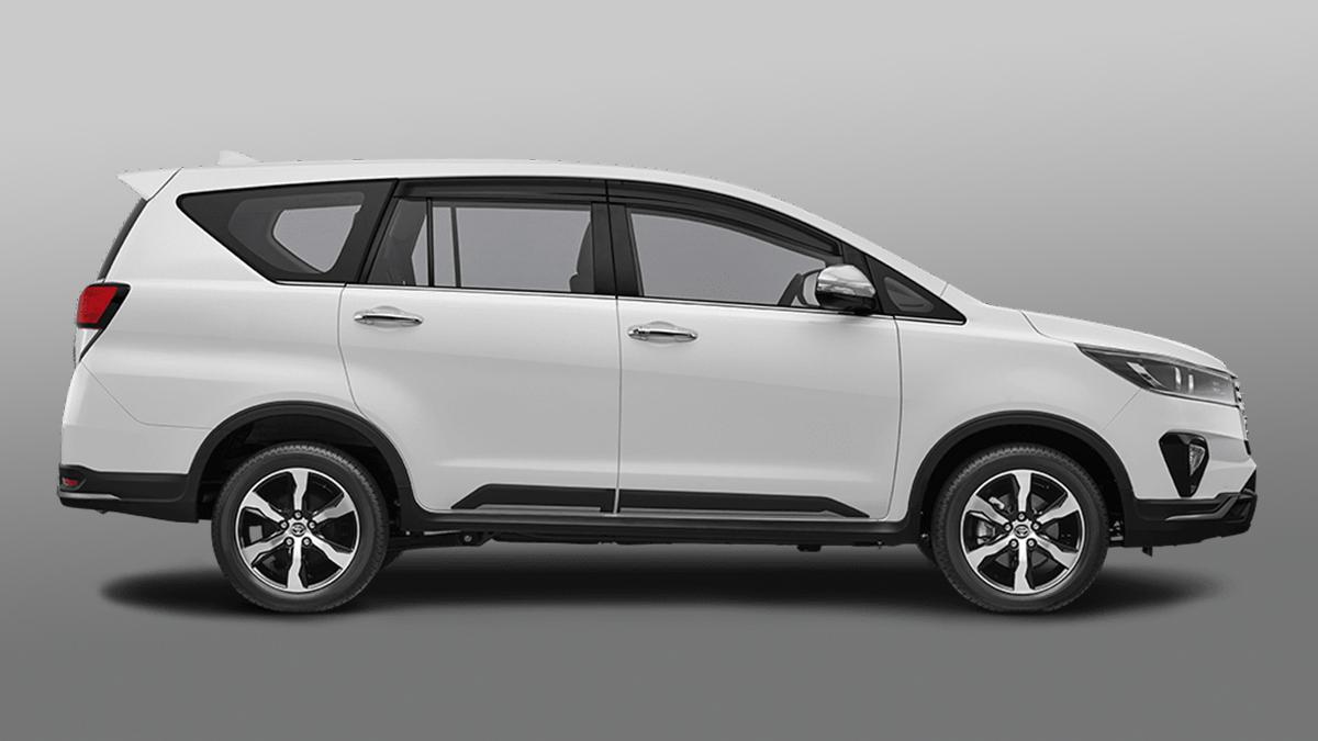 The Toyota Innova Refresh - Profile View
