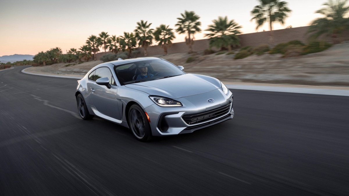 The Toyota 86 in Silver on the Road