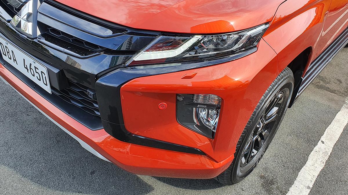 Mitsubishi Strada Athlete - Front Detail