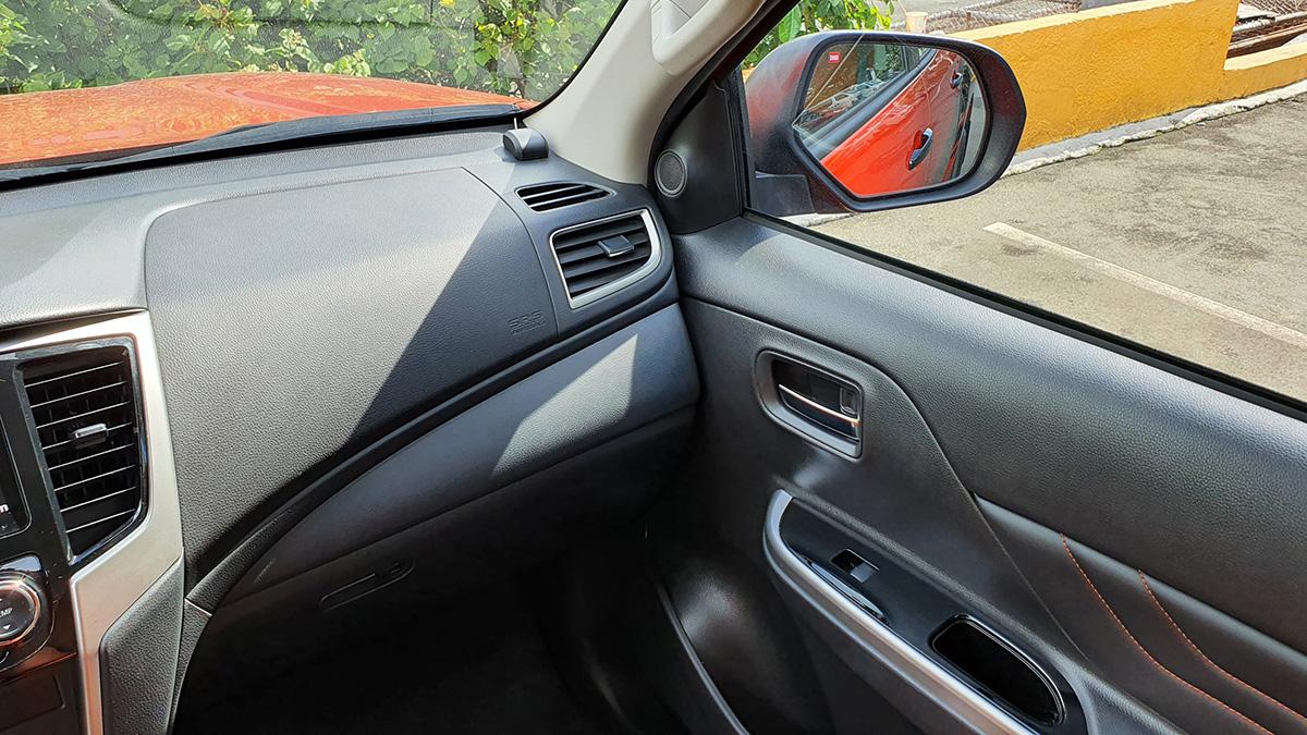 Mitsubishi Strada Athlete - Passenger Side POV