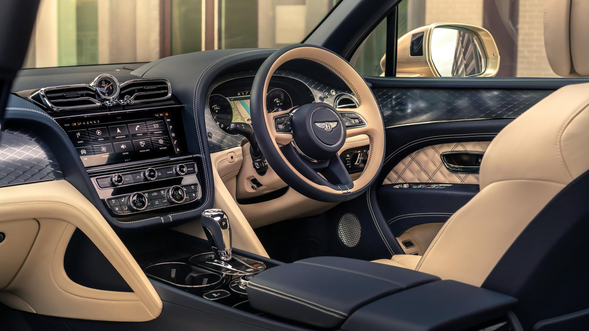Bentley Bentayga Hybrid - Interior