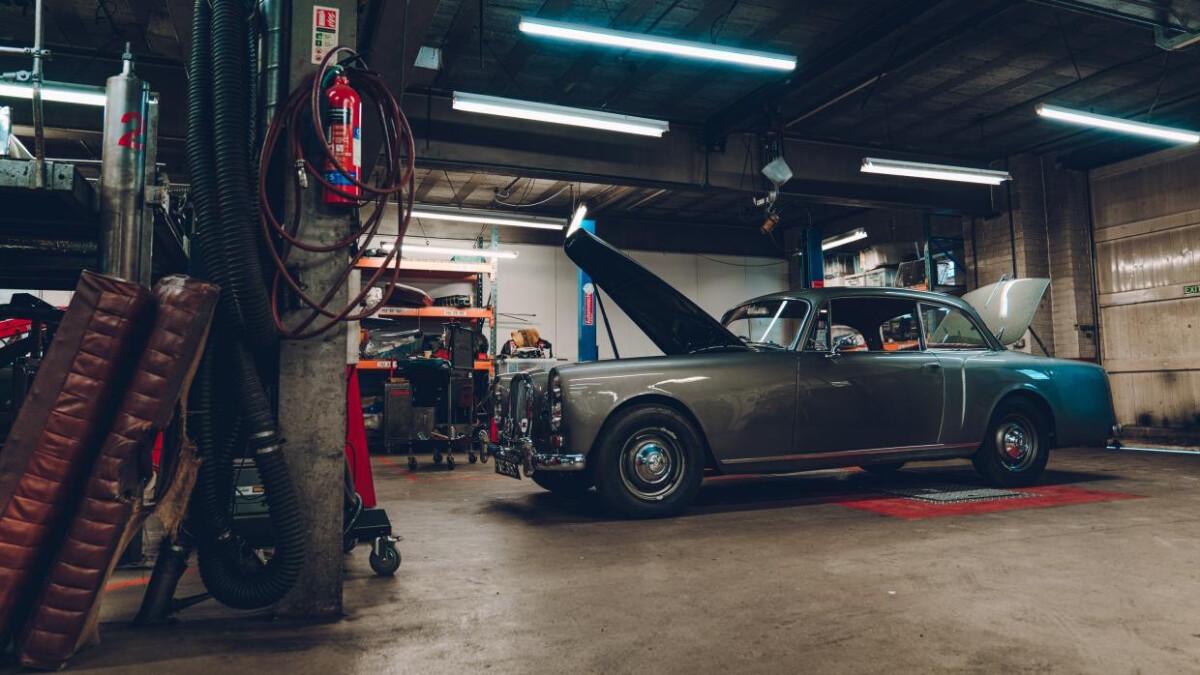 Alvis garage