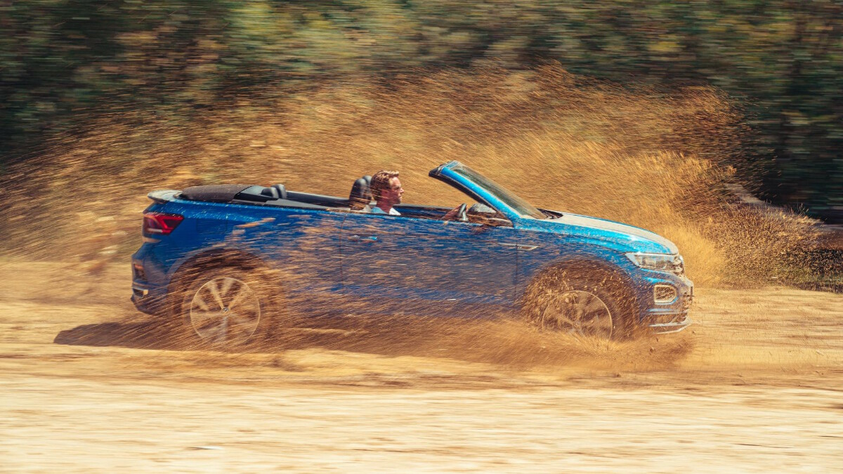 The VW T-Roc Cabriolet running over mud