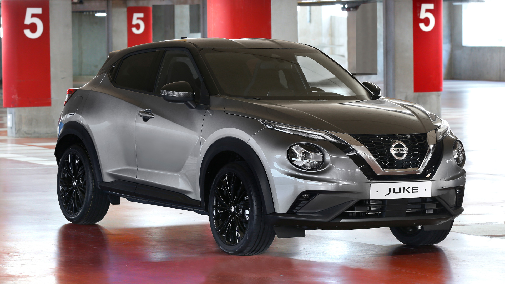 Nissan Juke Enigma - Front Feature