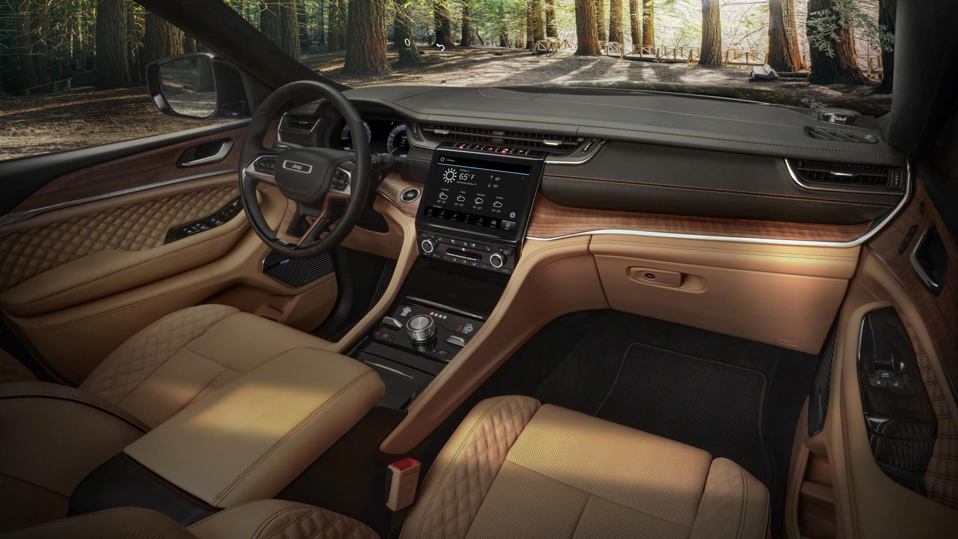 The Jeep Grand Cherokee L interior